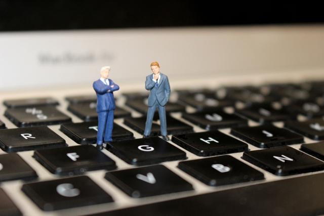 ウェブサイトを営業のツールとして活用